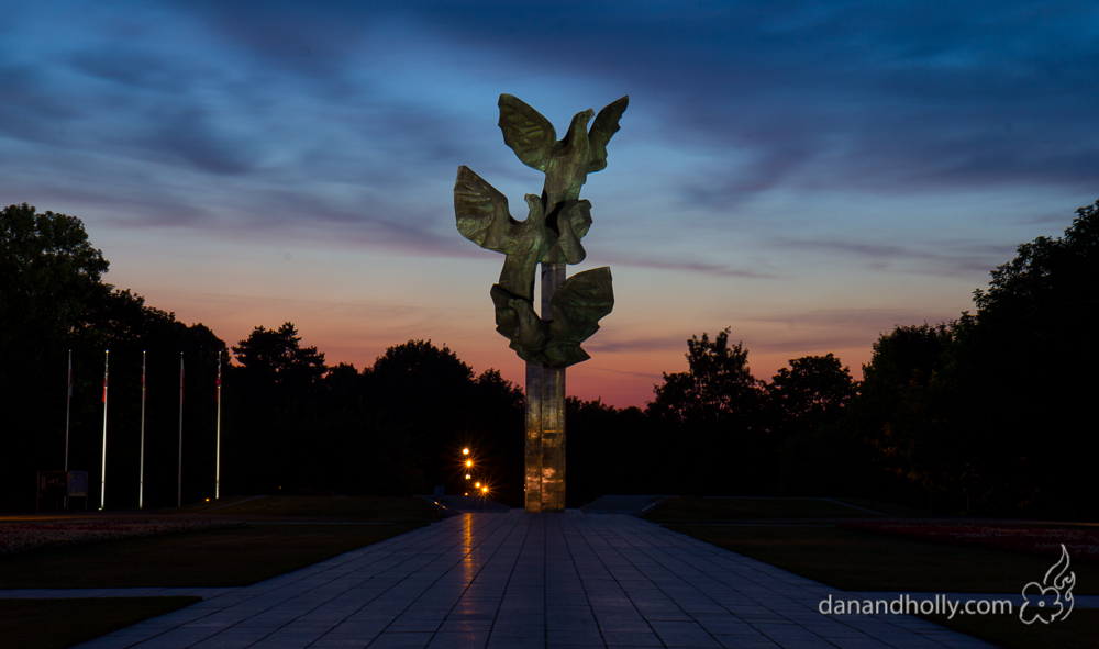 POTW: The Three Eagles Monument